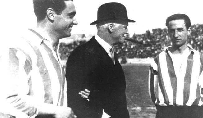 История британца, который подарил Испании «тики-таку»