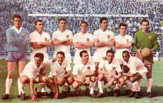 Прагматичная история из 60-х: «Валенсия» нашла замену погибшему форварду прямо во время матча в его память